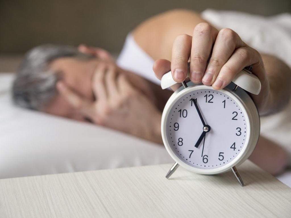 Hogyan hat az alvás az étkezésre? Avagy tényleg hízol ha keveset alszol?