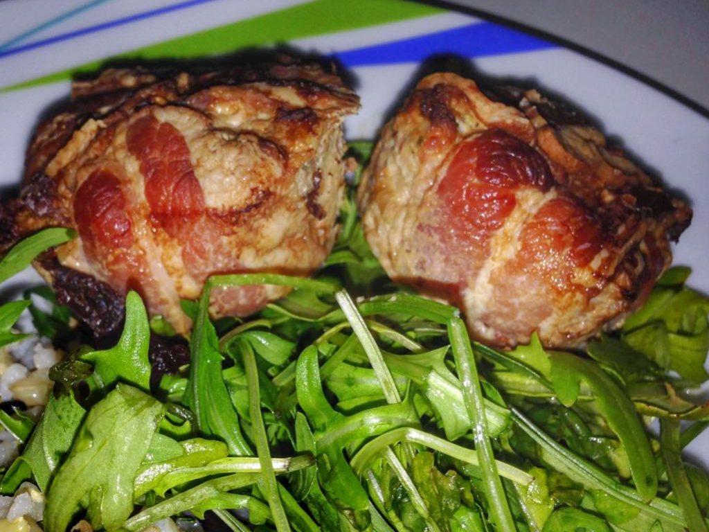 Baconba csomagolt húsos karfiol gombóc